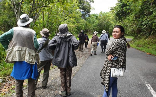 peter-roberts-birding-tours-to-gunung-gede-on-west-java-and-kerinci-seblat-national-park-includeded-tapan-road-on-jambi-and-the-waykambas-np-on-lampung-63